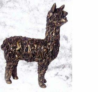 Bronzen alpaca staand